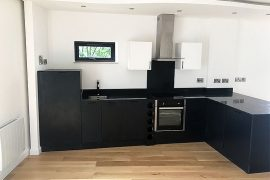 Bespoke Kitchen (black)
